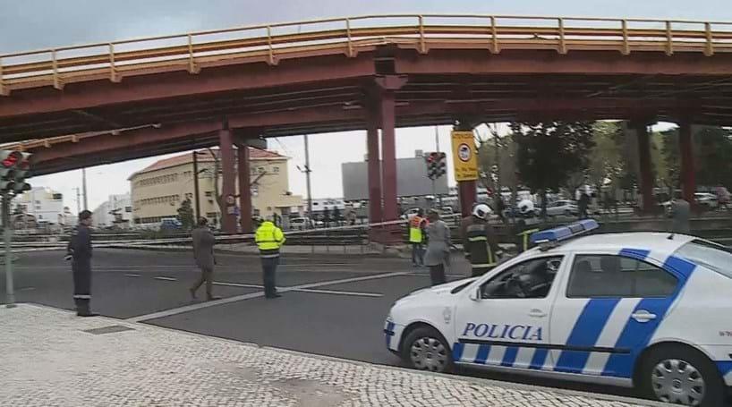 Viaduto de Alcântara reabre ao trânsito na segunda-feira