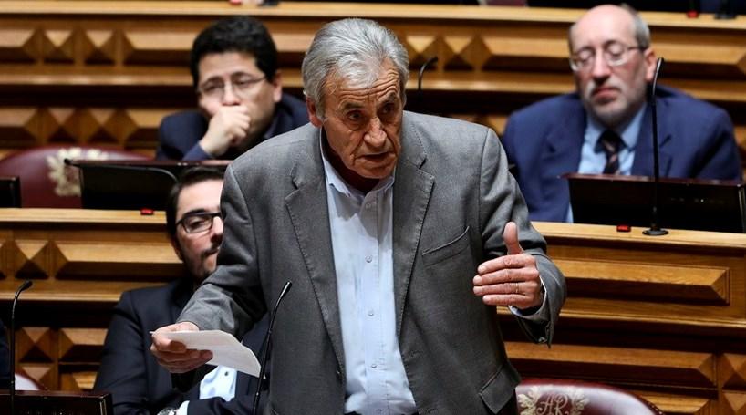 """PCP avisa ser """"cada vez mais difícil"""" Governo reduzir impostos aos trabalhadores"""