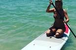 Cristina Ferreira faz surf na Malásia