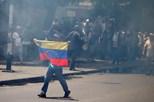 Milhares de venezuelanos pedem mais democracia