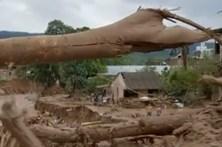 Cheias matam centenas na Colômbia