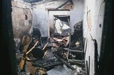 Veja como ficou a casa atingida pelo avião em Tires