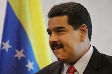 Venezuela aumenta salário mínimo e subsídio de alimentação