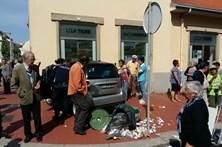 Carro choca contra sede do Sporting de Espinho