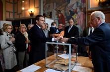 França vai às urnas para escolher novo presidente