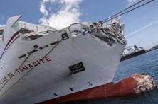 Choque de Ferry contra molhe nas Canárias faz 13 feridos