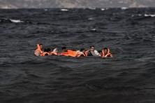 Pelo menos seis migrantes morrem afogados a tentar chegar à Europa