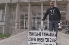 Pai em greve de fome vai entregar recurso para evitar adoção da filha