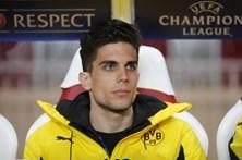 Jogador do Dortmund atingido por bomba mostra ferimentos