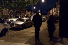 Mulher ferida em operação antiterrorismo em Londres