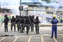 Rio de Janeiro tem 4000 polícias parados porque não tem como lhes pagar