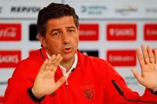 """Rui Vitória assegura """"foco"""" nas quatro """"finais"""" do Benfica"""