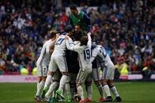 Real Madrid sofre para vencer o Valência