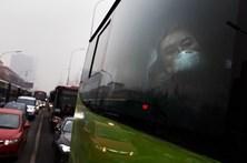 Pelo menos 12 mortos em acidente de autocarro na China