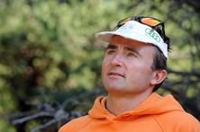 Alpinista suíço Ueli Steck morre em acidente no Monte Evereste