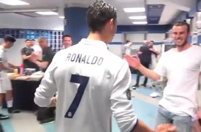 Ronaldo recebido com palmas no balneário do Real Madrid