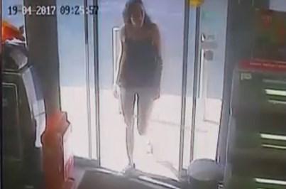 Mulher dá golpe com notas falsas de 20 euros