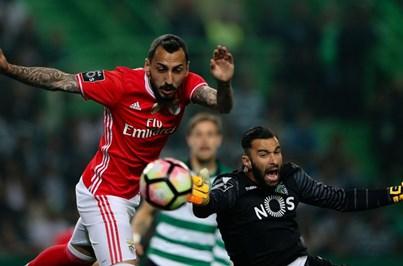 Benfica segura liderança com empate em Alvalade