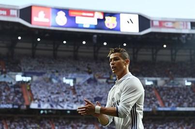 Ronaldo volta às madeixas