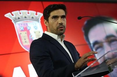 """""""Só quem tiver caráter e valores continua no Sporting de Braga"""""""