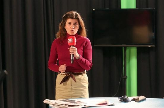 Alunos da UAL experimentam como é um dia na redação do CM/CMTV