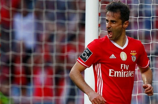 Jonas nos convocados do Benfica para receção ao Estoril