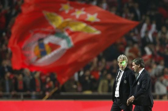 CM revela a cartilha do Benfica