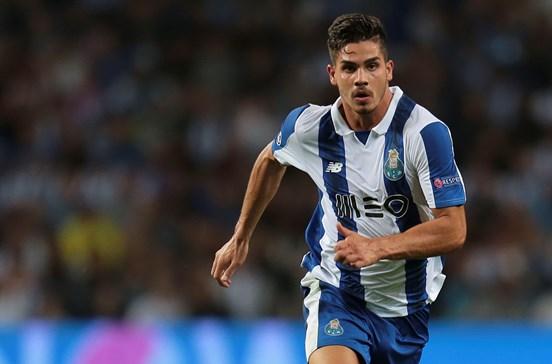 FC Porto quer recuperar e vender André Silva