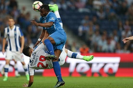 FC Porto despedido com assobios