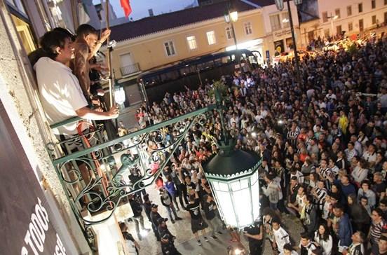 Portimão celebra com euforia subida de divisão do clube da cidade