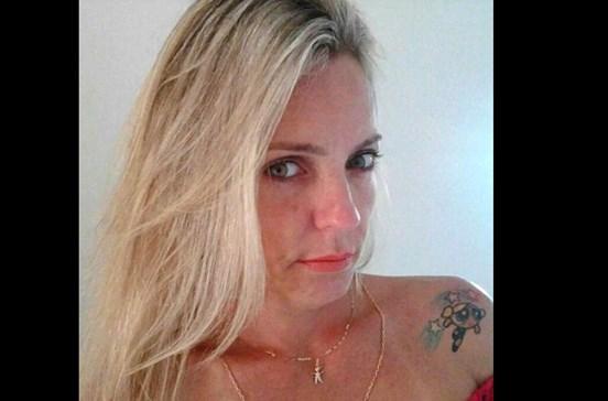 Luta com assaltante para salvar marido e é morta