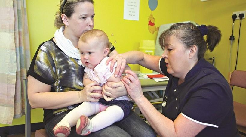 Um a oito anos de prisão por recusar vacinar filhos