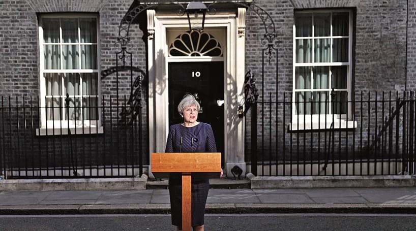 May antecipa eleições para reforçar maioria