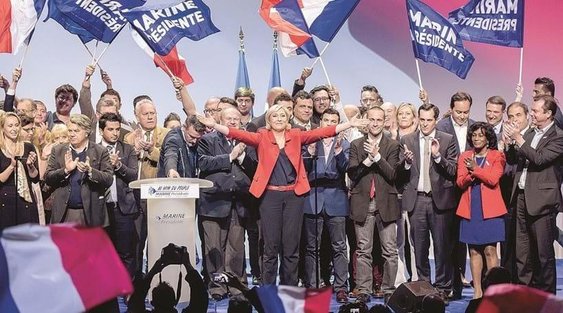 Le Pen em queda ataca UE e imigração