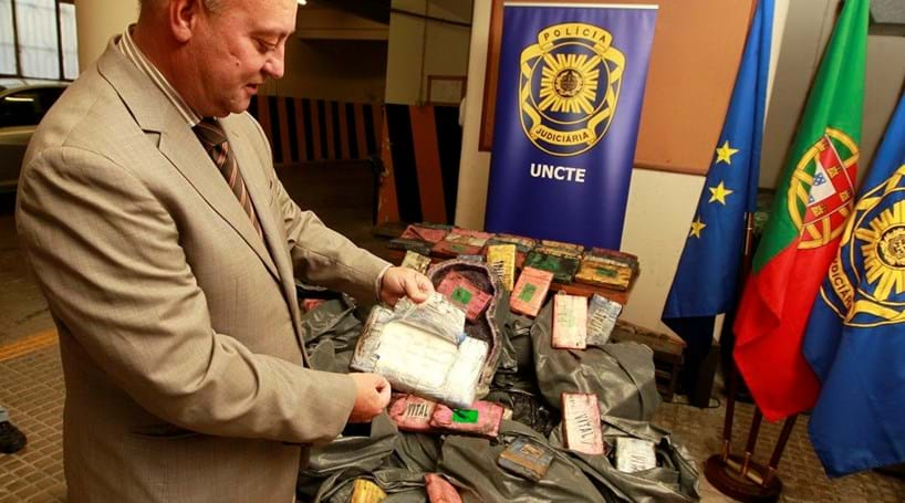 Inspector da PJ protege traficante de droga