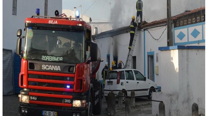 Incêndio em Beja faz dois desalojados