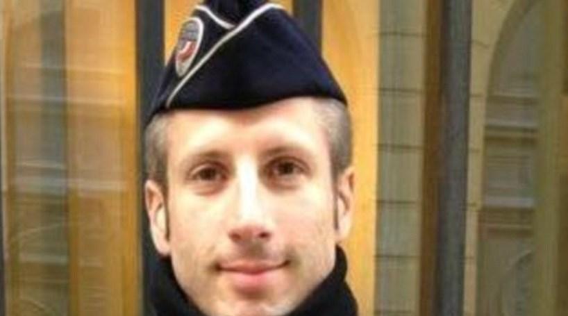 Polícia morto em Paris esteve de serviço no Bataclan em 2015