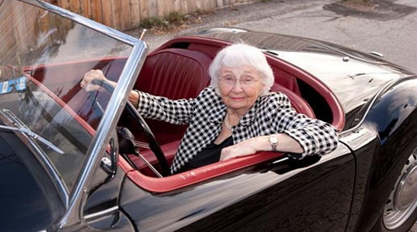 Plano de segurança rodoviária deixa cair formação para condutores com mais de 65 anos