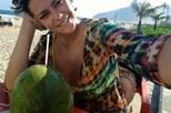 Sofia Ribeiro aquece Rio de Janeiro em biquíni