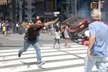 """Condutor que atropelou pessoas em Times Square diz que """"ouviu vozes"""""""