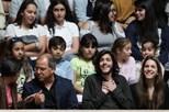 Salvador e Luísa Sobral aplaudidos na Assembleia da República