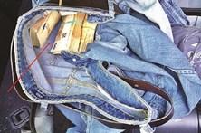 Esconde 30 mil euros em calças