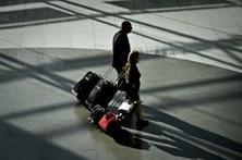 Vigilantes dos aeroportos marcam concentrações durante greve