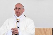 """Papa promete """"as medidas mais firmes"""" contra padres que abusaram de menores"""