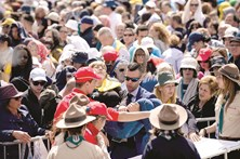 1400 peregrinos recebem assistência