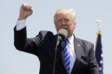 Orçamento de Trump elimina proteções sociais e aumenta despesas militares