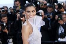 Sara Sampaio brilha em Cannes