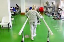 Hospitais vão substituir enfermeiros em falta