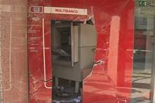 Grupo faz explodir máquina multibanco na Amadora