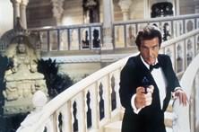 Morreu Roger Moore, o Bond em versão galã